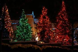 Large Christmas Decorations For Outside by Christmas Light Decorating Ideas