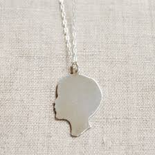 Personalized Charm Necklaces Personalized Silhouette Gifts That Make A Mom Weepy Cool Mom Picks