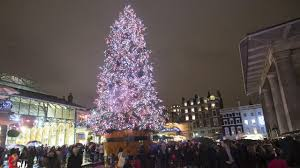 Christmas Decorations Shop Covent Garden by Covent Garden Activities Visitlondon Com
