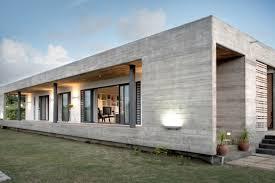 rectangular concrete house by rethink modern house designs