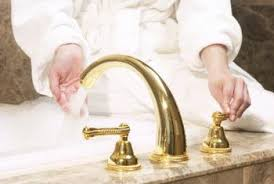 How To Fix A Leaky Bathroom Faucet How To Repair A Bathtub Faucet That Sticks Home Guides Sf Gate
