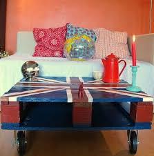 Union Jack Pallet Table The by Vecchie Pedane Un Vero Must Del Design Del Riciclo Un And Design
