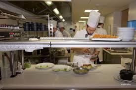 mur en cuisine dans les cuisines du quatrième mur bordeaux cuisine and co