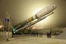 soyuz booster hoists resurs p2 earth observation satellite to