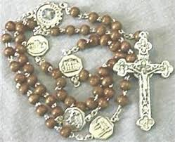 rosary from the vatican jubilee 2000 memorabilia wood bead rosary with basilicas