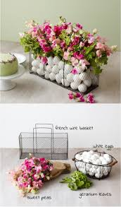 Easter Decorations With Flowers by Diy Easter Centerpieces To Adorn Your Table