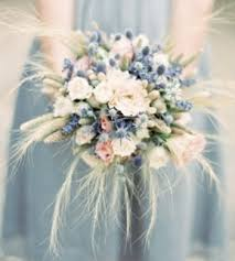 country wedding bouquets hunted wedding flowers scottish thistle theweddinghunter