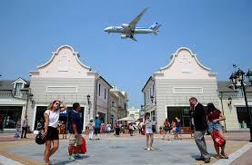 mcarthurglen designer outlet jet setting deals a look at vancouver s mcarthurglen outlet mall