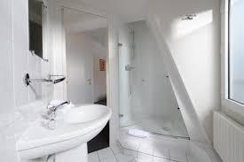 hotel pas cher avec dans la chambre hotel pas cher près du métro de la fourche hôtel des batignolles