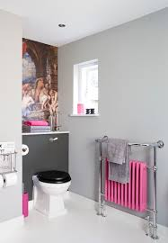trendy bathrooms that combine gray and color in sensational style