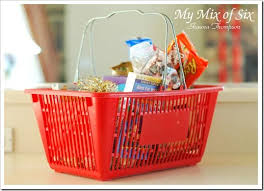 date gift basket ideas 112 best gift baskets images on gift basket ideas