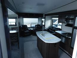 Crusader Fifth Wheel Floor Plans by 2018 Prime Time Crusader Lite 28rl Fifth Wheel Indianapolis In
