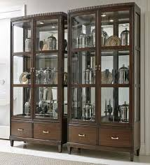 Bernhardt Bar Cabinet Bernhardt Beverly Glen Display Cabinet With Mirrored Back Baer U0027s
