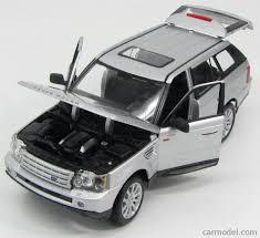 land rover range rover evoque 4 door maisto 31135s scale 1 18 land rover range rover 2 8 sport 4 door