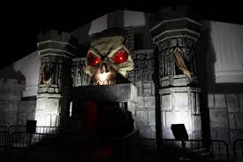 screams in the park in rosemont a chicago area haunted house