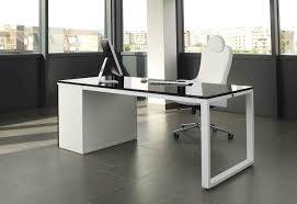 bureau de direction blanc la beauté de ce bureau de direction est inouïe noir et blanc