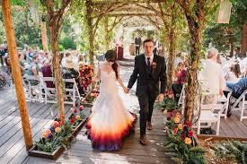 robe mari e originale robe de mariée originale et si on optait pour le dip dyed