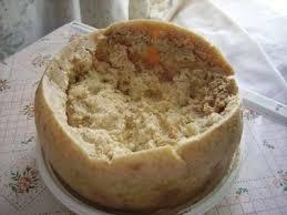 asticot blanc dans la cuisine un fromage aux vers ça vous dit à voir