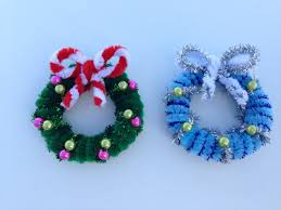 pipe cleaner christmas wreath christmas crafts pinterest