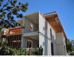 wohncontainer design zweistückig container haus obergeschoss veranda außenbereich
