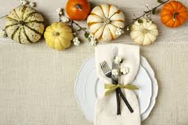 8 tips to create a memorable thanksgiving table