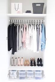 Kleiderschrank Viel Stauraum Die Besten 25 Kleiderschrank Aufbewahrung Ideen Auf Pinterest