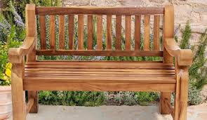 Restore Teak Outdoor Furniture by The Pros And Cons Of Teak Furniture Furniture Wax U0026 Polish The