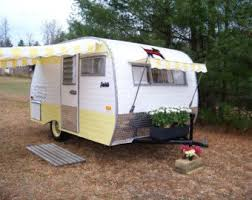 Caravan Pull Out Awnings The 25 Best Camper Awnings Ideas On Pinterest Trailer Awning