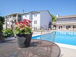maple ridge apartments wichita ks 67209
