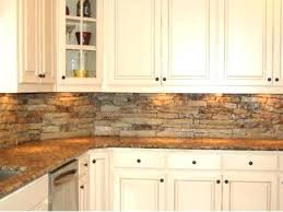 pictures of kitchen backsplashes with granite countertops awesome backsplashes for kitchens with granite countertops blue