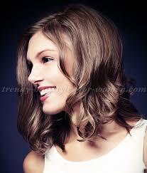 shoulder length wavy hairstyles wavy shoulder length bob