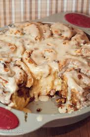 Thanksgiving Rolls Easy Maple Pecan Cinnamon Rolls