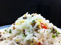 cuisiner du riz blanc frit au poulet délicieuse recette chinoise