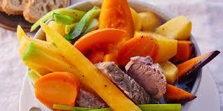 cuisiner les l馮umes anciens pot au feu aux légumes anciens recettes femme actuelle