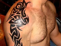 30 oustanding tribal shoulder tattoos slodive