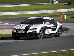 audi racing audi rs7 driverless car hits the race track business insider
