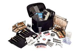 makeup classes seattle make up artistry courses cosmetology beauty school