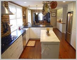 Rectangular Kitchen Ideas Best 25 Long Narrow Kitchen Ideas On Pinterest Small Island