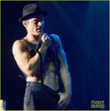 magic mike xxl behind the matt bomer sings heaven in magic mike xxl watch video