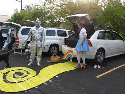 21clever trunk or treat decorating ideas halloween parties