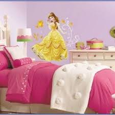 princess bedroom decorating ideas die besten 25 disney princess bedroom decoration ideen auf
