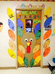 the 25 best thanksgiving classroom door ideas on
