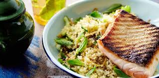recette cuisine poisson poisson et quinoa facile recette sur cuisine actuelle