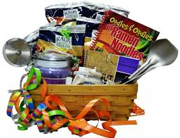 graduation gift baskets creative graduation gift ideas how to make gift baskets rada