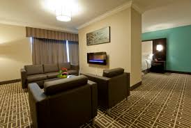 luxury suites visitors inn hotel in hamilton ontario