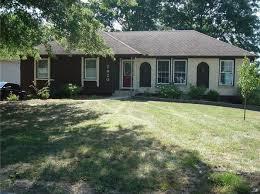 3 Bedroom 3 Bathroom Homes For Sale Kansas City Real Estate Kansas City Mo Homes For Sale Zillow