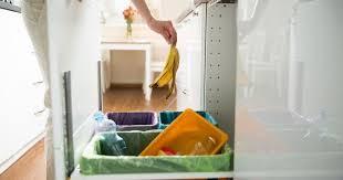 enlever odeur de cuisine l astuce insolite pour enlever les odeurs dans une poubelle