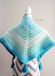 caron cakes cowl b hooked crochet