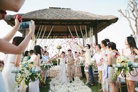 wedding dress di bali resort and spa bali wedding venue in bali bridestory