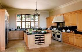 cuisine couleur miel cuisine contemporaine en bois massif en plaqué bois en bois